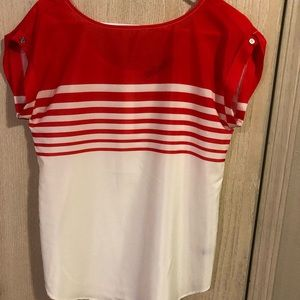 Women's Top The Limited XS
